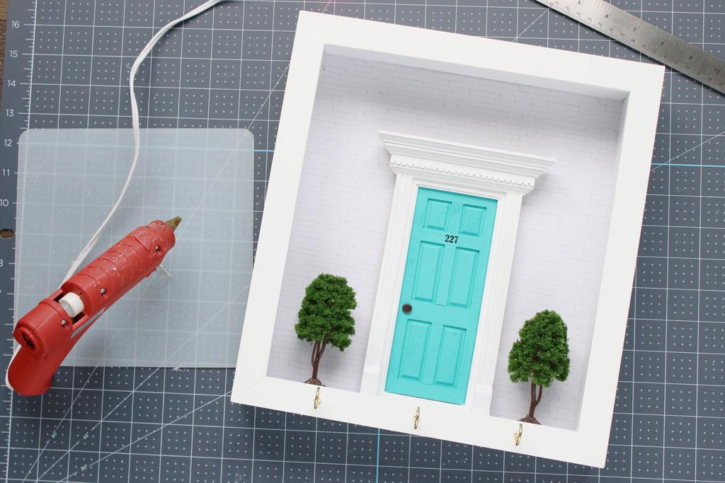 Diorama Key Hook Step 4