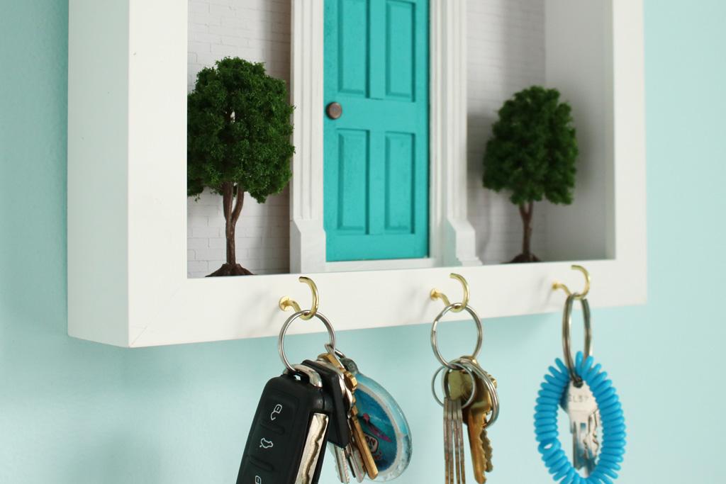 Diorama Key Hook Final Close Up