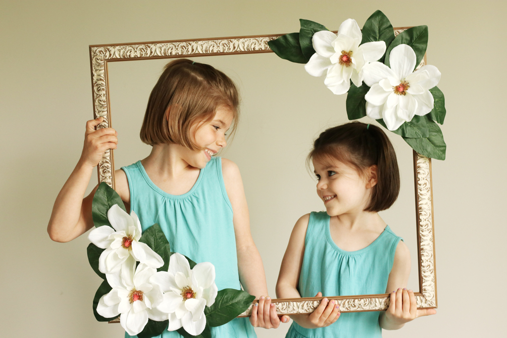 Floral Photo Booth Prop Models