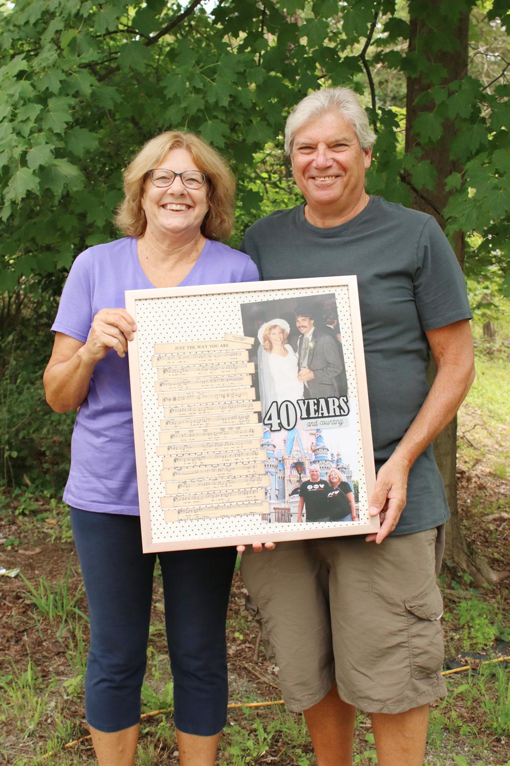 Wedding Song Gift Couple